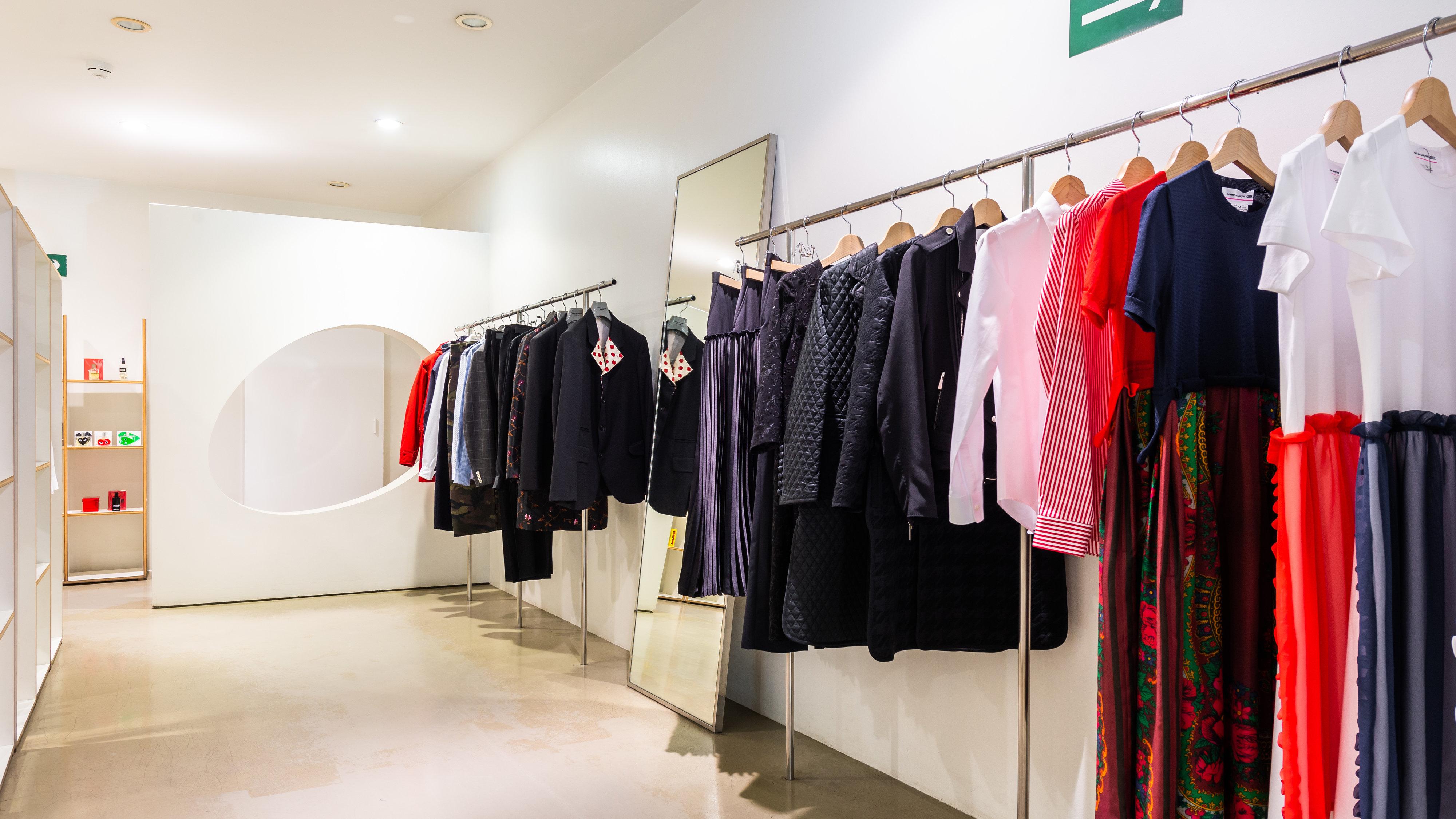 d7026f772d235 Магазины женской одежды и обуви в Санкт-Петербурге с адресами, отзывами и  фото - Zoon.ru