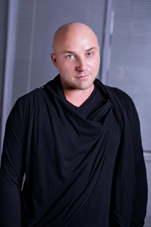 Александр богданов стилист работа по вемкам в окуловка
