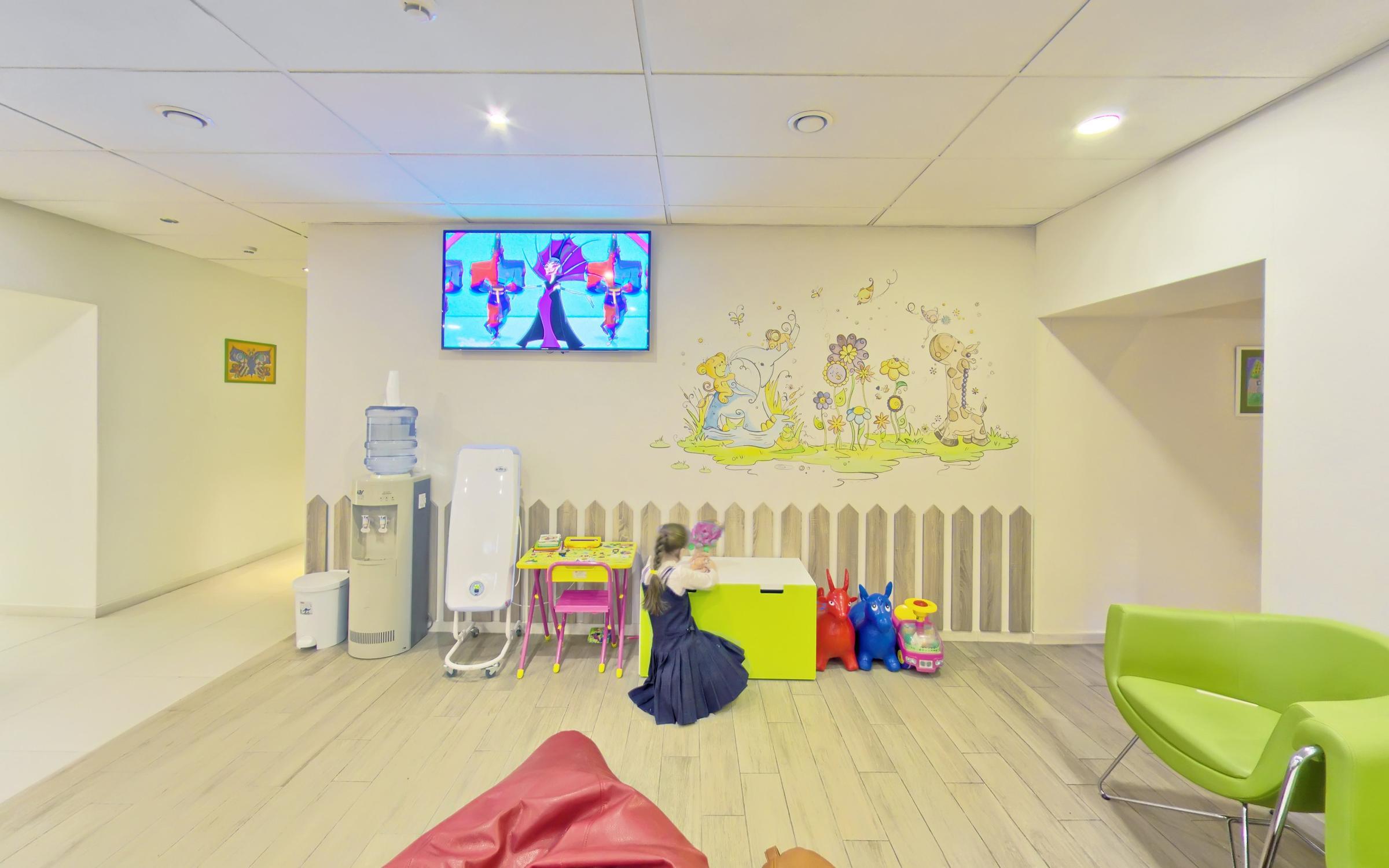 фотография Детского медицинского центра Эдкарик в Ленинградском районе