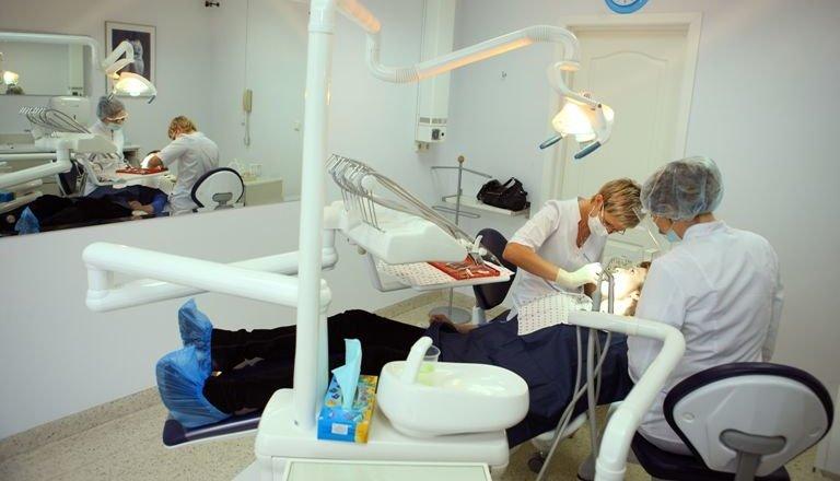 фотография Стоматологической клиники Дента-Рус на Никулинской улице, 31