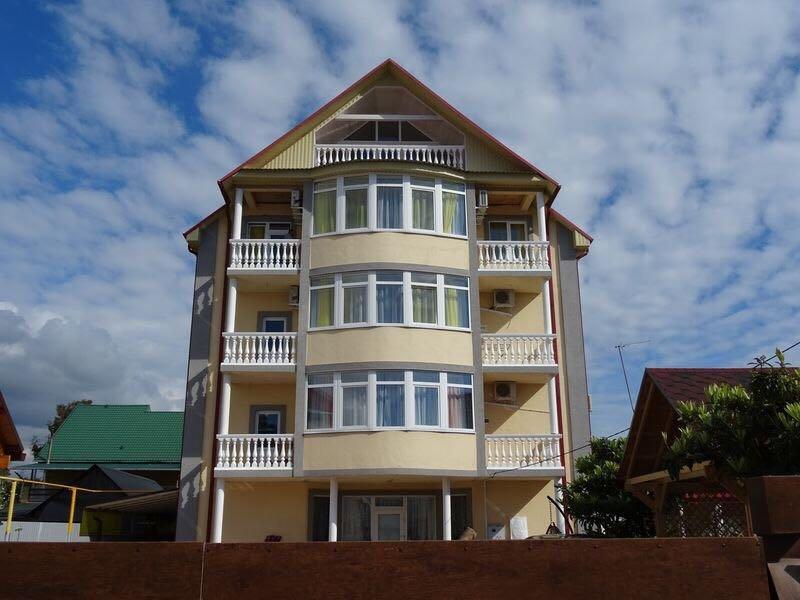 фотография Гостевого дома Инсайт Хаус на Кленовой улице в Мирном