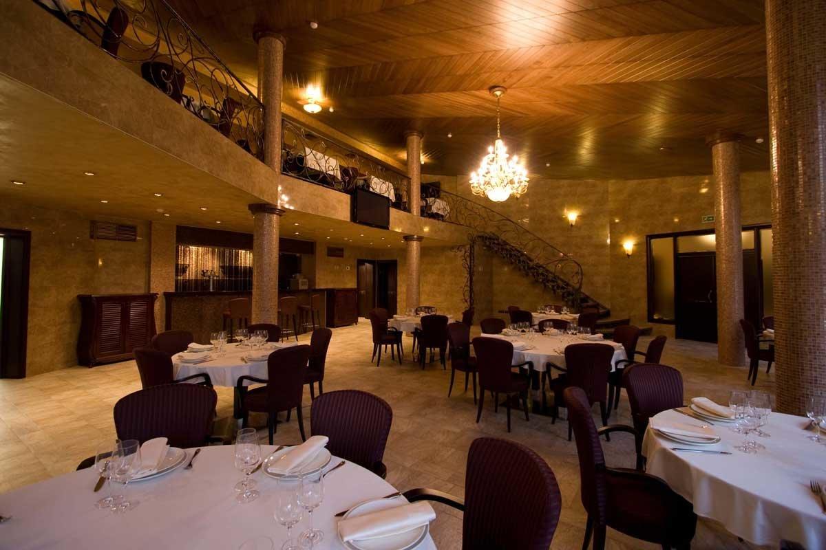 09042016 банкетный зал загородного ресторана бакинский бульвар