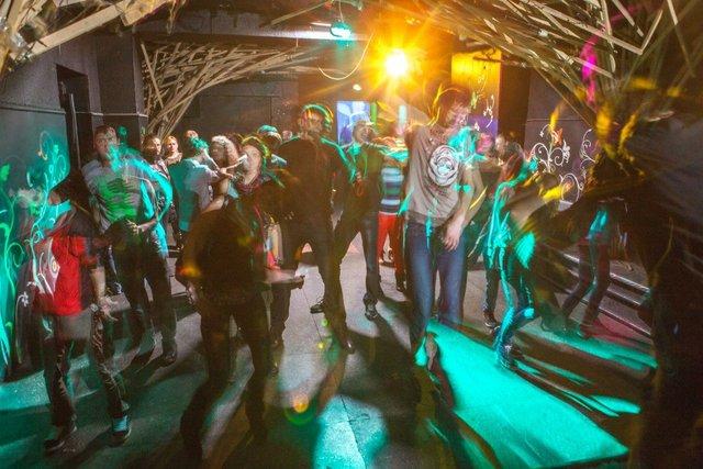 Живот ночной клуб клубы москвы как клуб чапаев