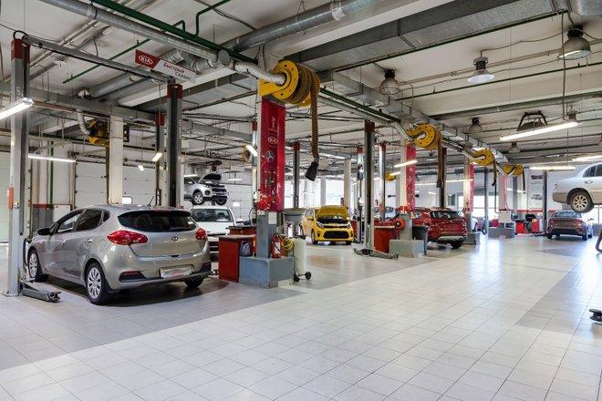 Автосалон ирбис ниссан москва продать авто автоломбард