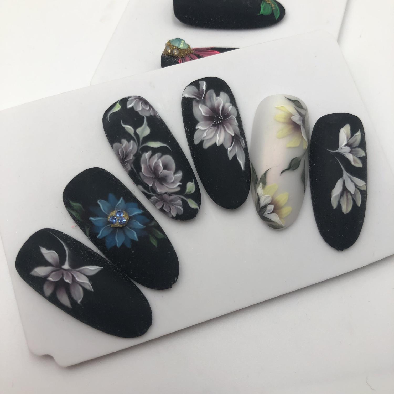 фотография Студии ногтевого дизайна Наяда Найл Студия
