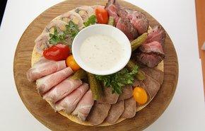 фотография Ассорти мясных деликатесов