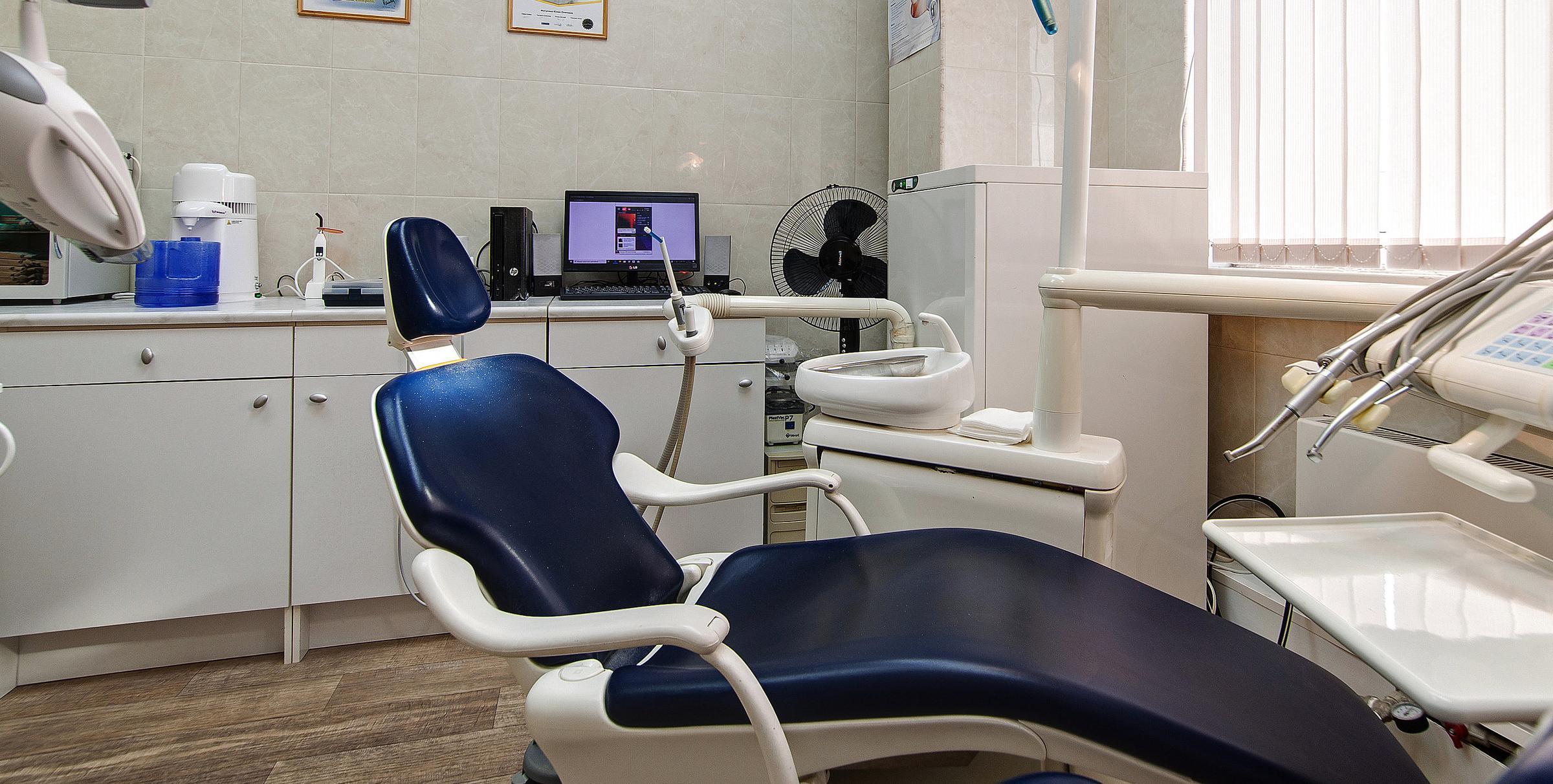 фотография Стоматологии Смайл в ТЦ Зеленоградский