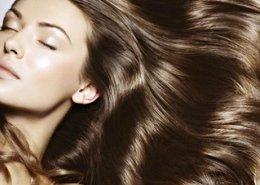 фотография Стрижки волос средней длины