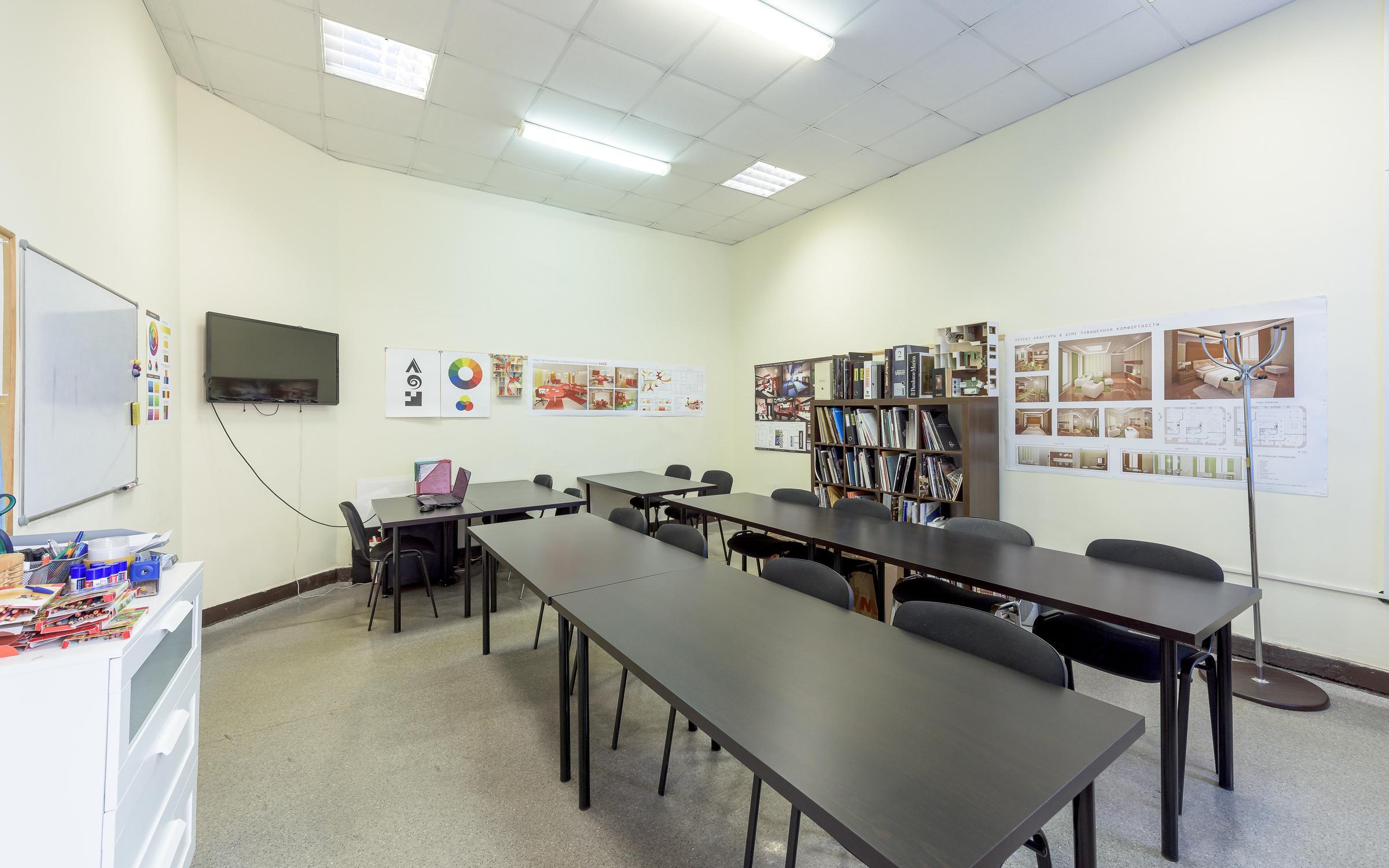 фотография Учебного центра Статус на улице Восстания