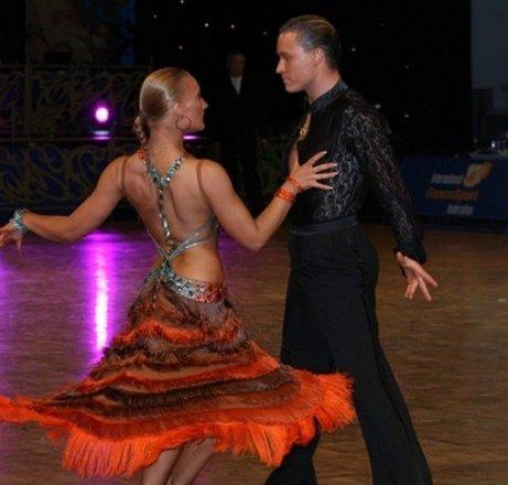 Танцевально спортивный клуб динамо в москве все ночные кафе и клубы москвы