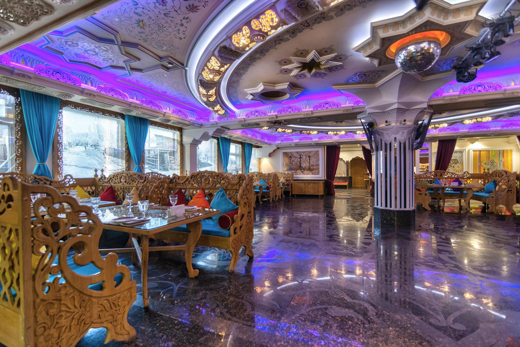 фотография Ресторана-караоке Будур на Нижегородской улице