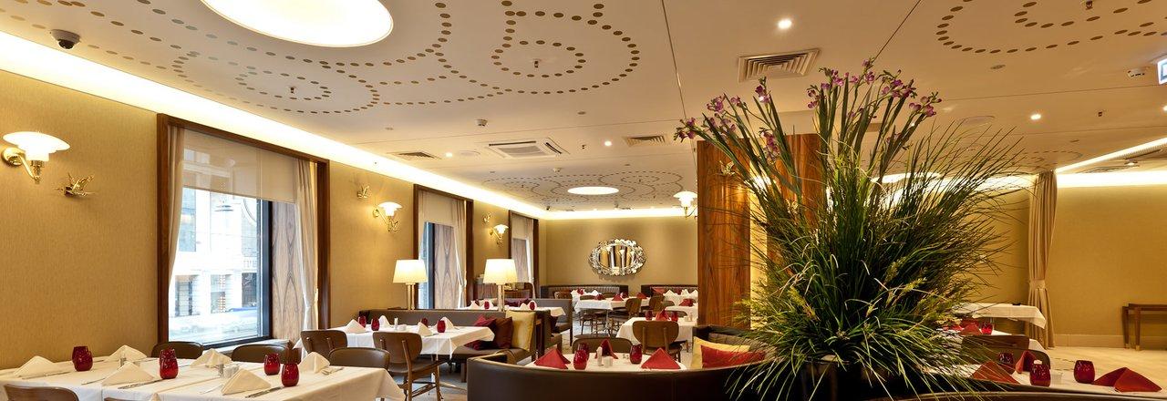 фотография Ресторана Оливетто в отеле Crown Plaza