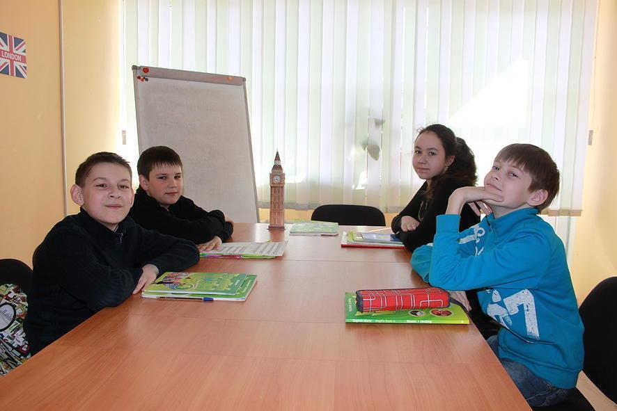 фотография Школы иностранных языков English Club на улице Расковой