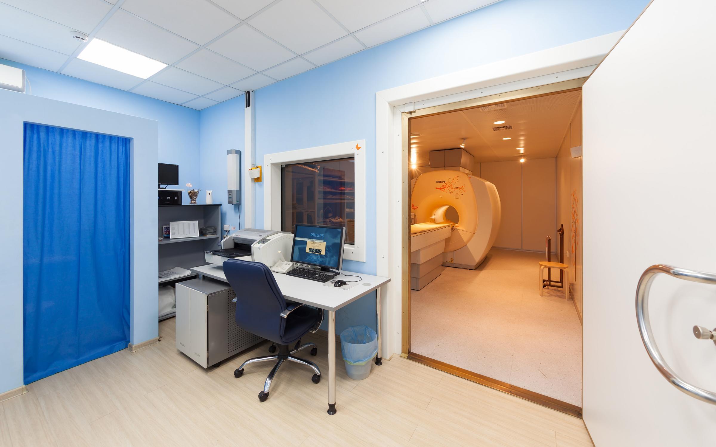 фотография Специализированный центр МРТ диагностики Med-7 у метро Улица 1905 года