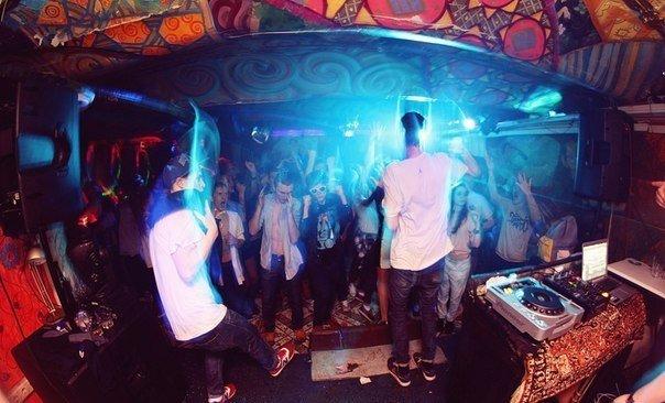 Ночные клубы на чистых прудах москва вакансии ночного клуба минск