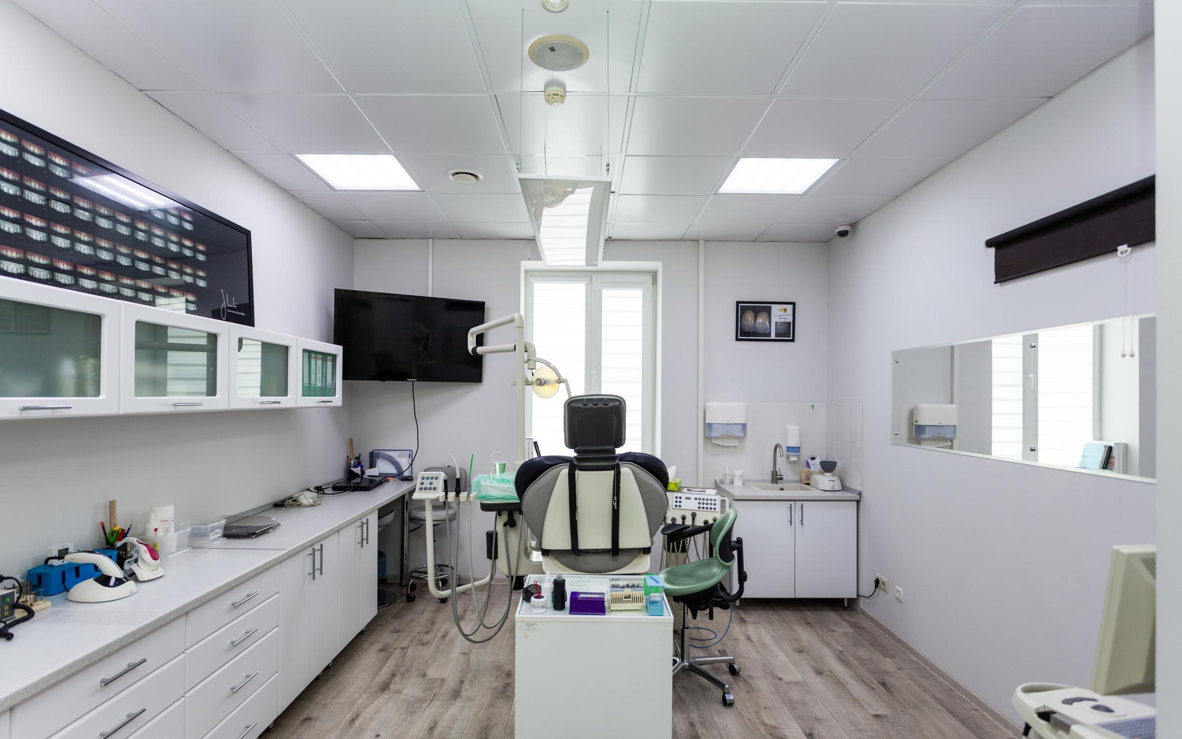 фотография Стоматологического центра SV-Dent на улице Бабушкина