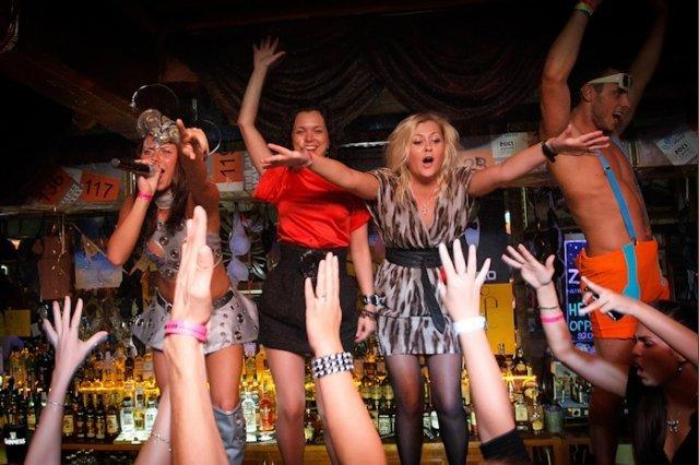 porno-seks-vecherinki-v-nochnom-klube