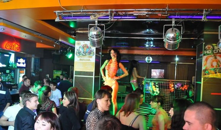 Ночные клубы казани 50 на 50 топ клубов и баров москвы