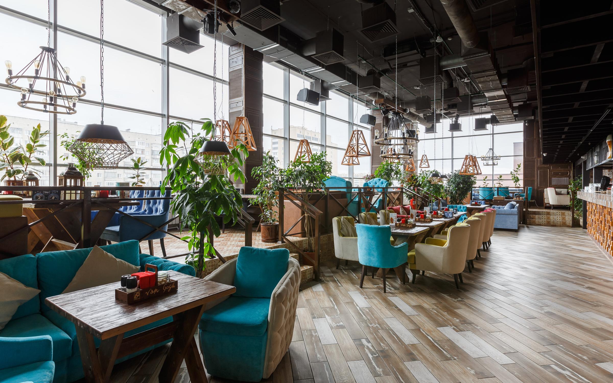 фотография Панорамного ресторана Van Gogh в ТЦ Авеню