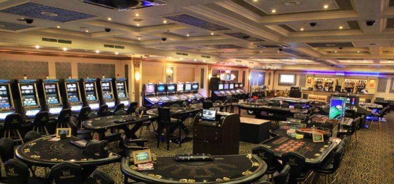 Что входит в работу администраторов казино минска игры на андроид про казино