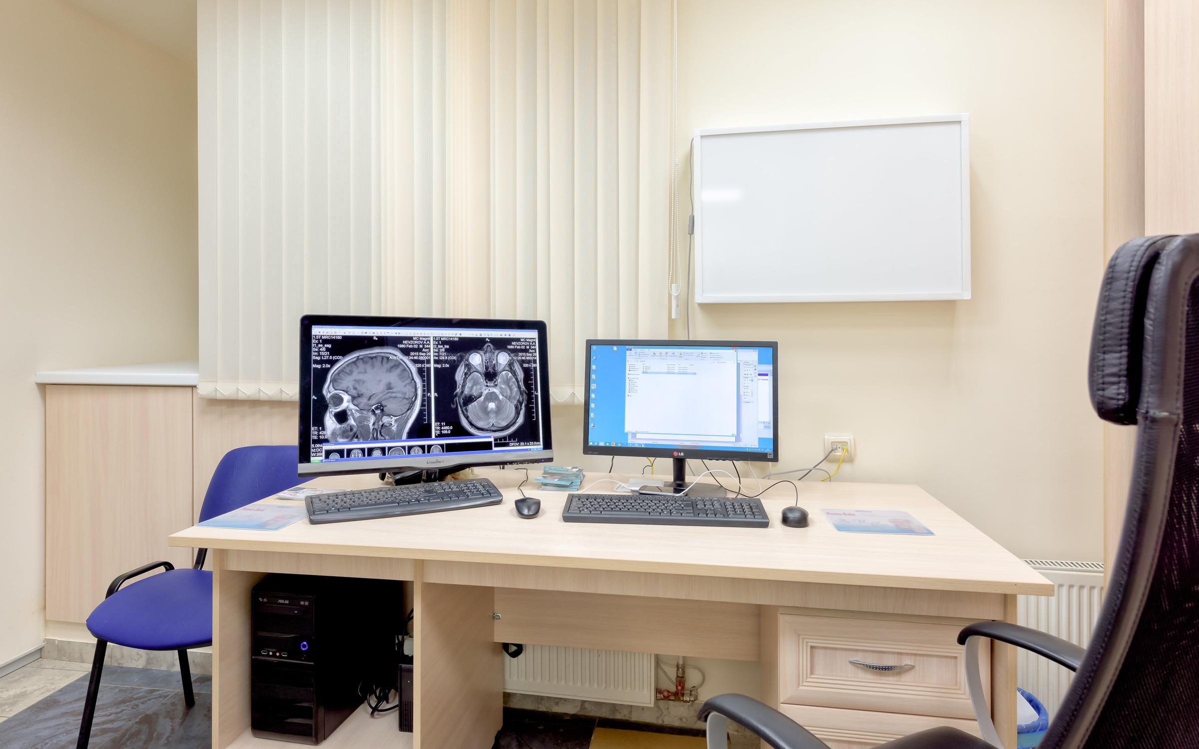 """фотография Медицинского центра МРТ, КТ и УЗИ диагностики """"Магнит"""" в Адмиралтейском районе"""