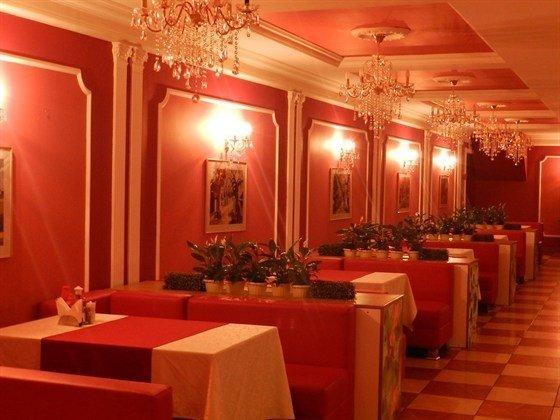 фотография Кафе Ха Лонг в гостинице Калинка