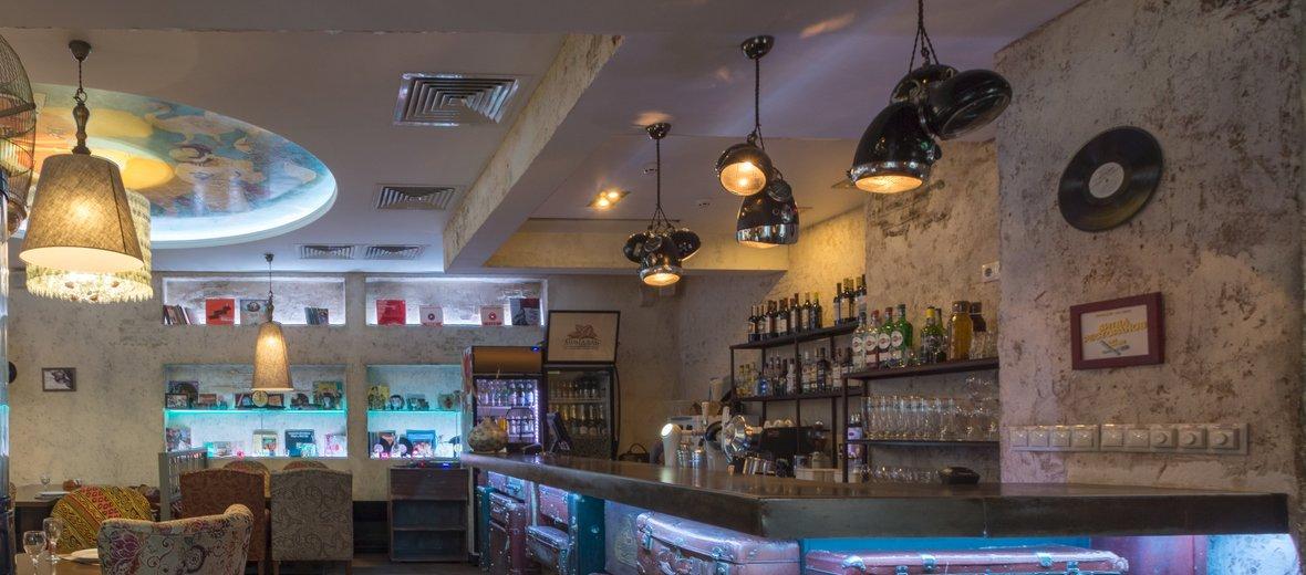 Фотогалерея - Ресторан восточной кухни Миндаль на улице Максима Горького