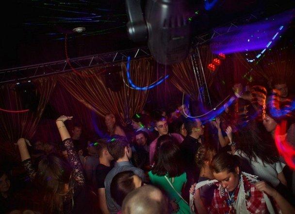 Ночной клуб в твери 90 в каких клубах москвы