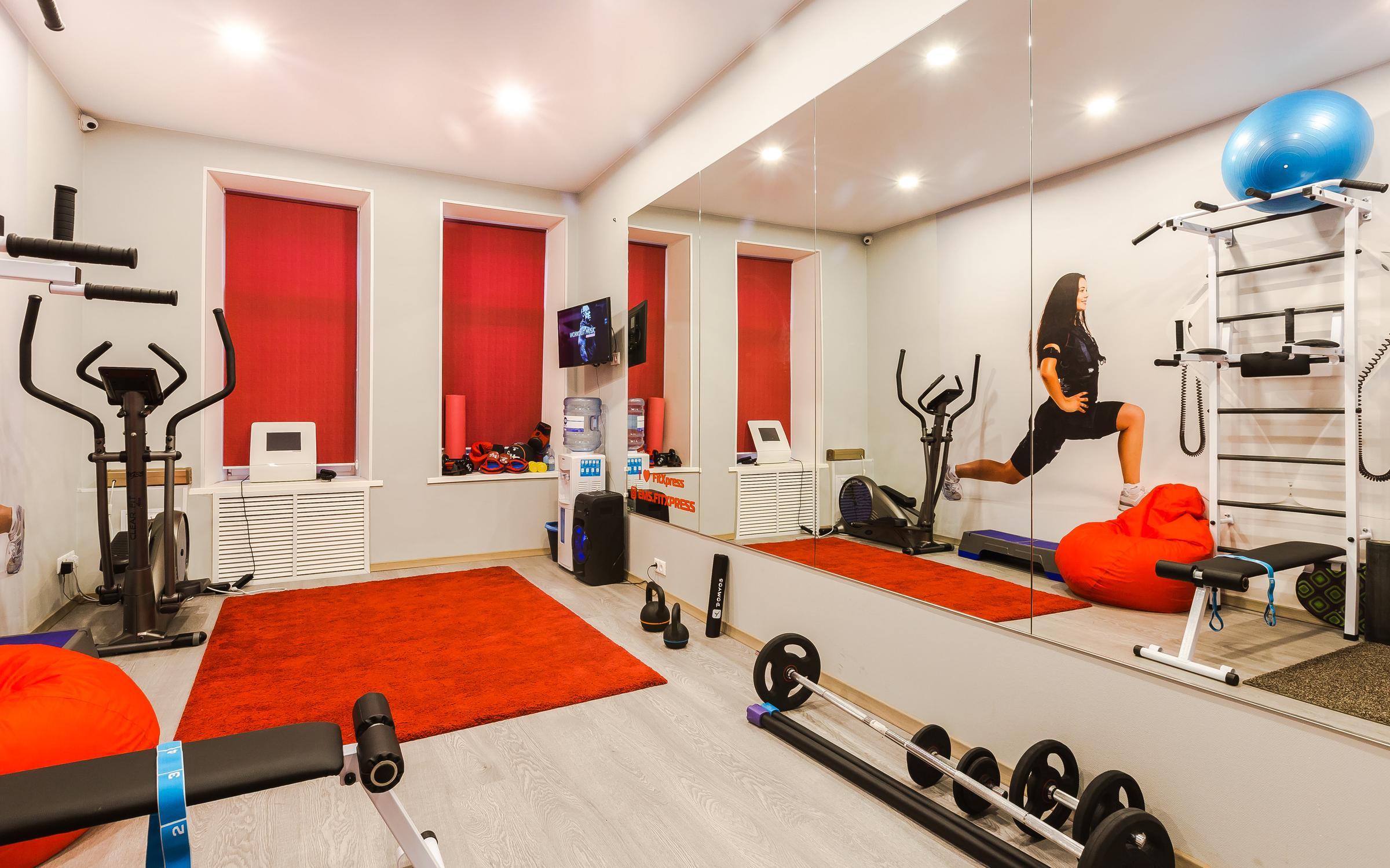 Москва ближайшие станции метро: тренажерный зал uni-gym тренажерный зал.