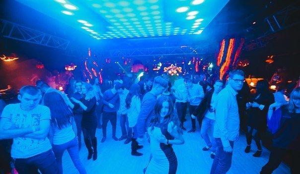 Ночной клуб константиновский православные клубы москва