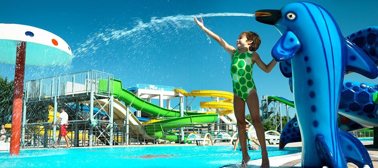 фотография Аквапарка в Jumeirah Bilgah Beach Hotel