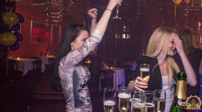 Клубы москвы работают или нет ночные burlesque virgins москва