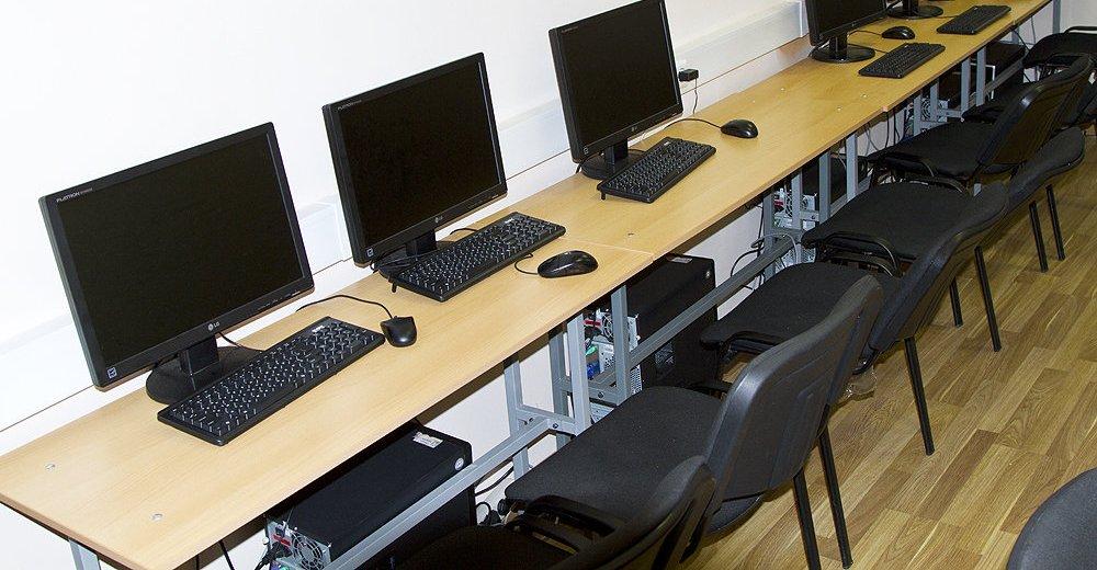 Фотогалерея - Учебный центр столичный институт экономики и финансов на Ленинском проспекте