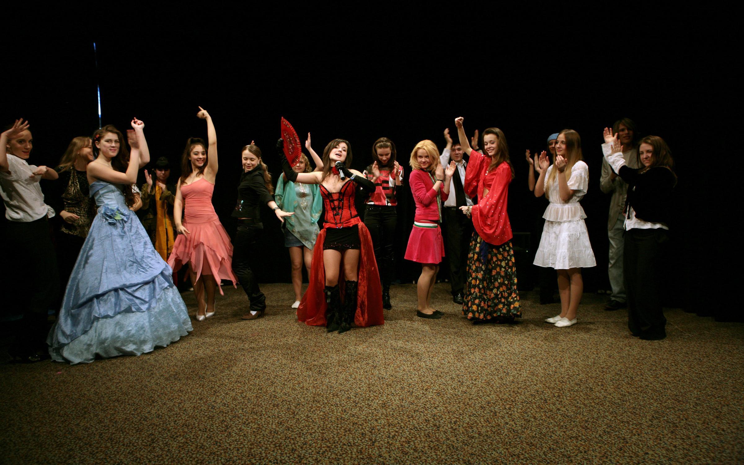 фотография Театральной школы ЛиссЭ на метро Смоленская