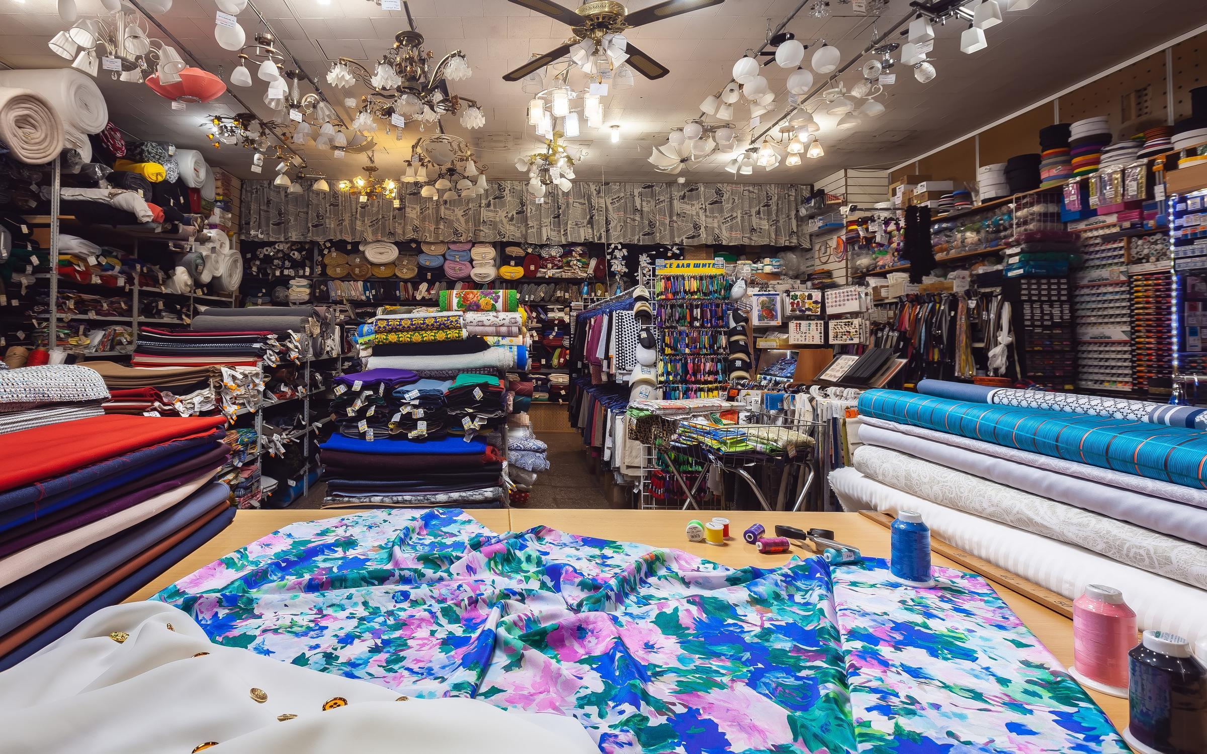 фотография Магазин текстиля ШЕЙ С НАМИ на Изумрудной улице