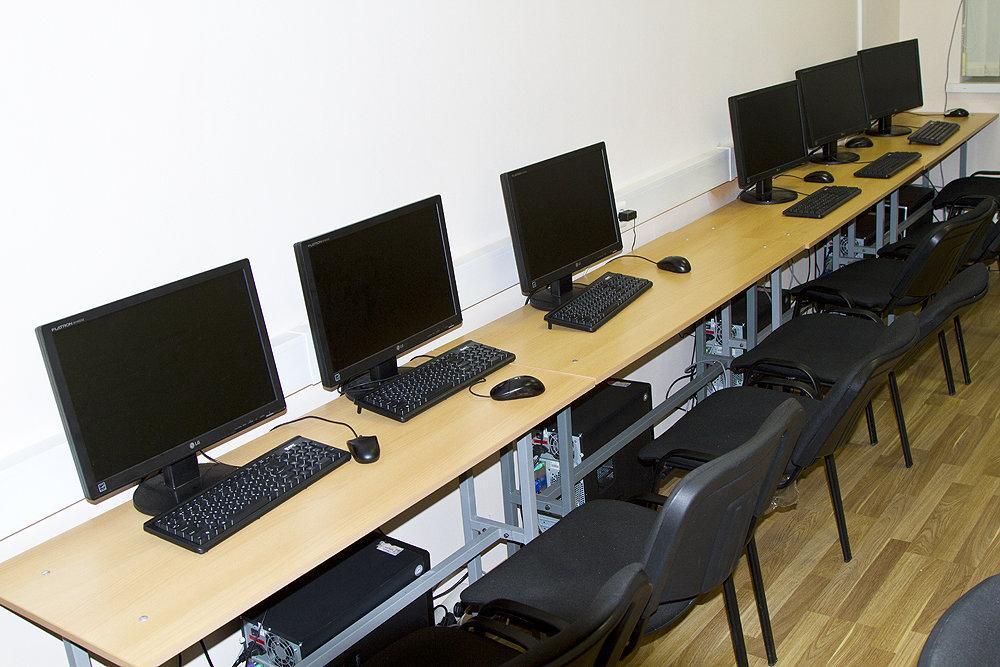 фотография Учебного центра при Столичном институте экономики и финансов на Ленинском проспекте