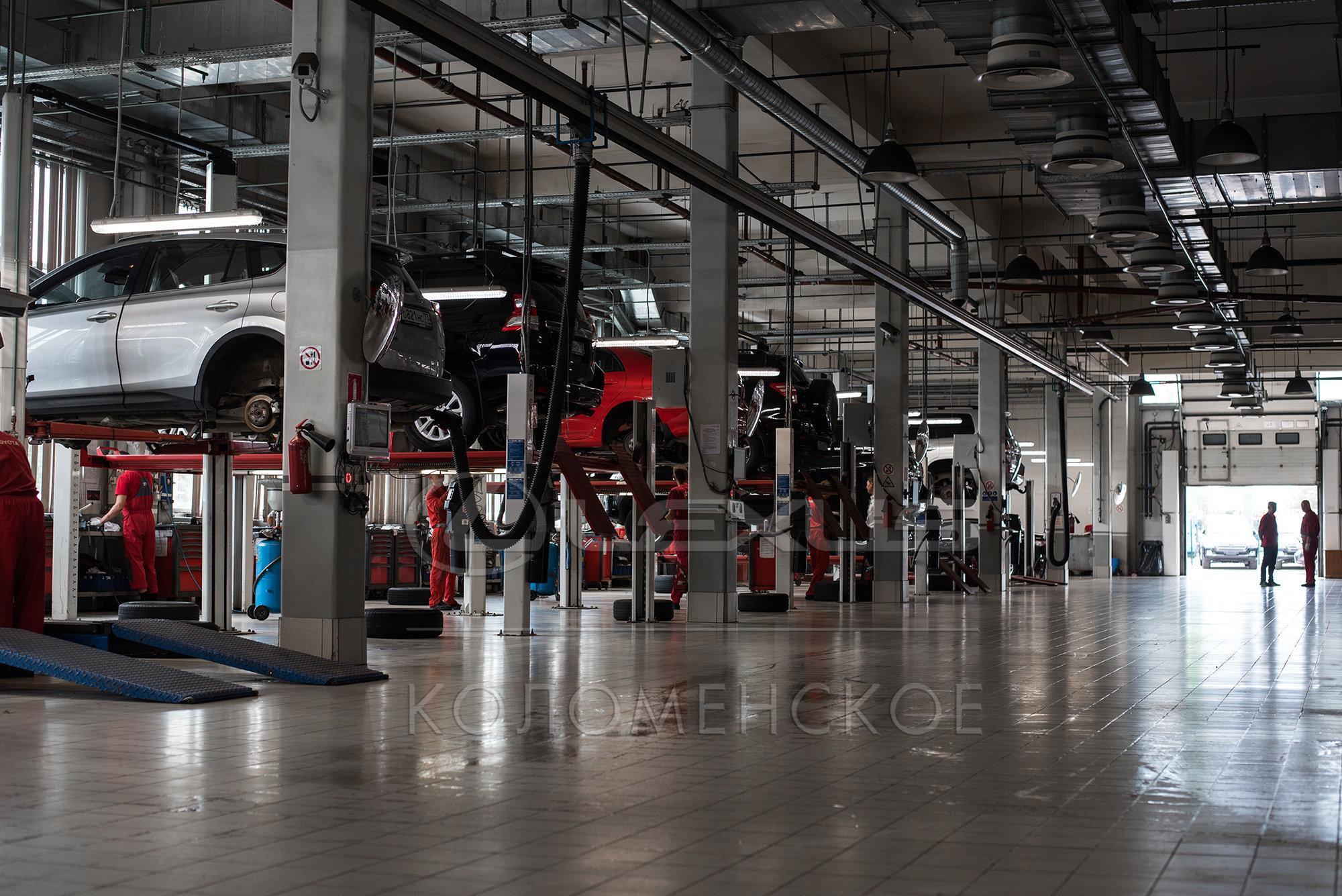 фотография Официальный дилер Toyota Тойота Центр Отрадное в Отрадном