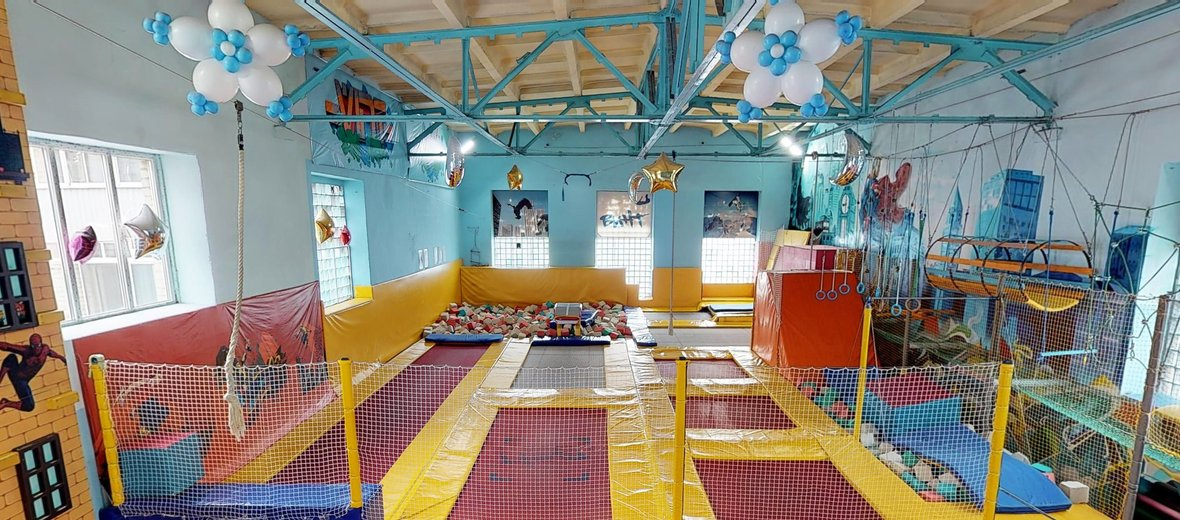 Фотогалерея - Батутный акробатический центр Винт на улице Бабушкина