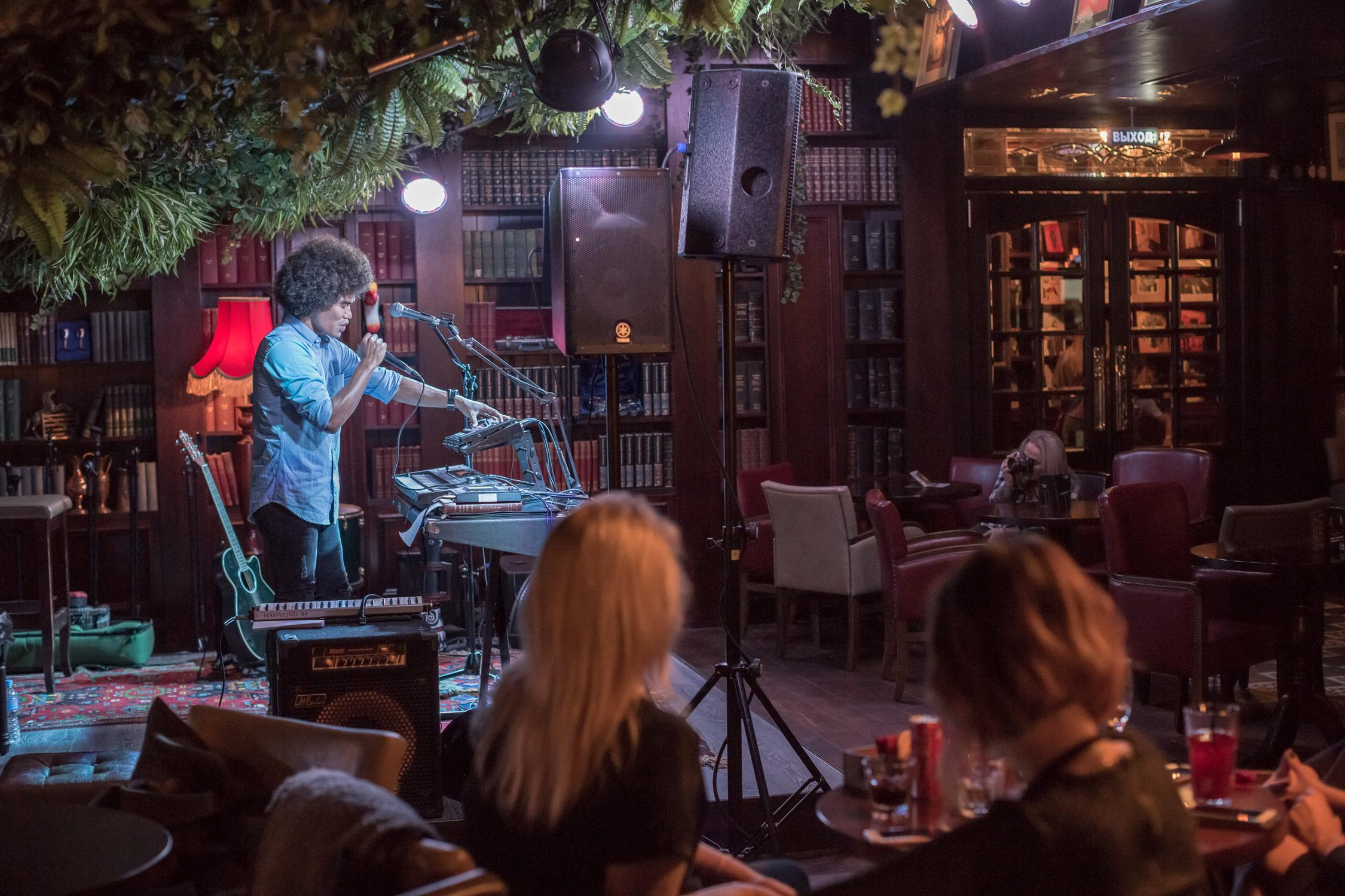 фотография Паба The LEFT BANK Pub на Маросейке