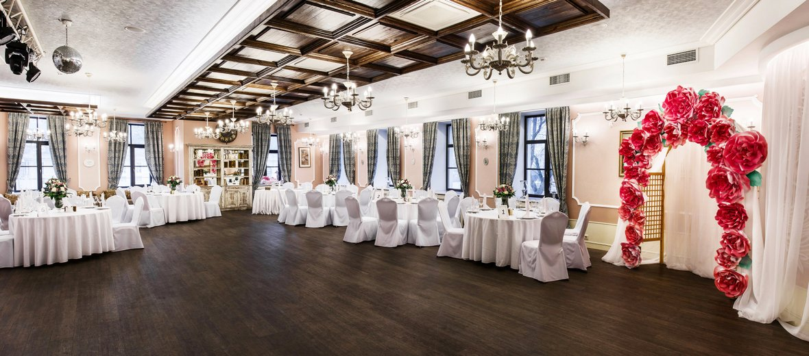 Фотогалерея - Ресторан Баязет на набережной реки Фонтанки
