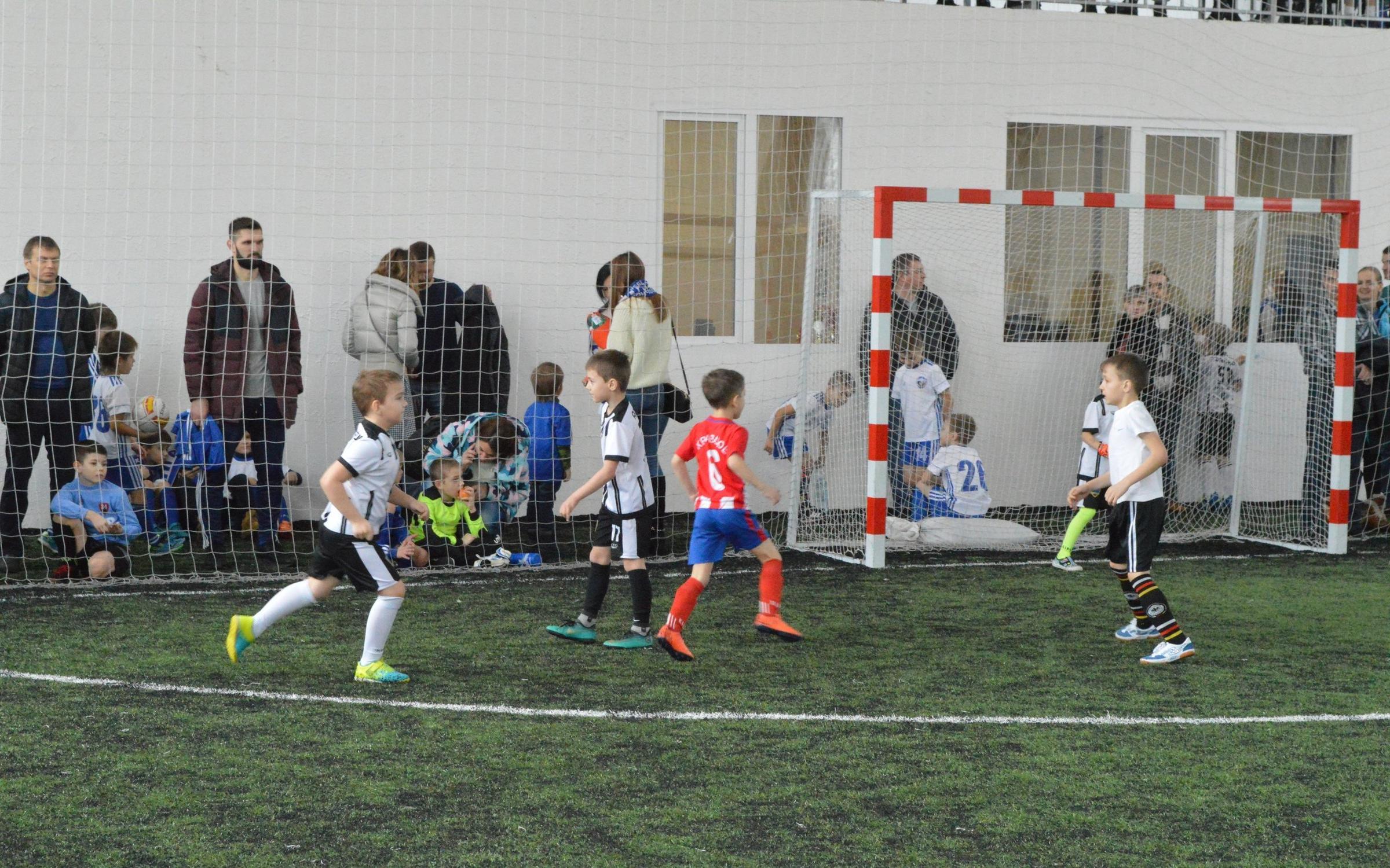фотография Футбольная школа Гэлакси на Станционной улице