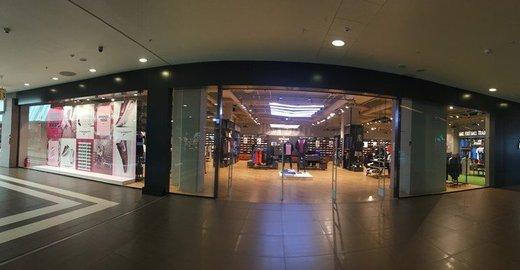 faf3b647a974 Магазин Nike в ТЦ Галерея на Лиговском проспекте - отзывы, фото, каталог  товаров, цены, телефон, адрес и как добраться - Одежда и обувь - Санкт- Петербург ...