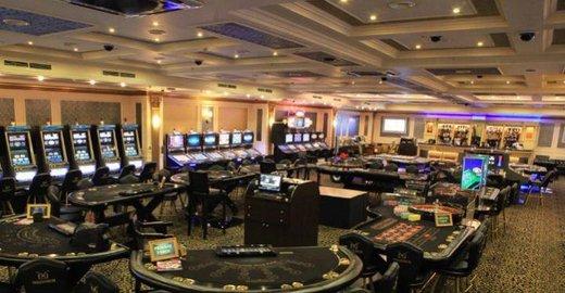 Что входит в работу администраторов казино минска казино юниверсел студио сингапур