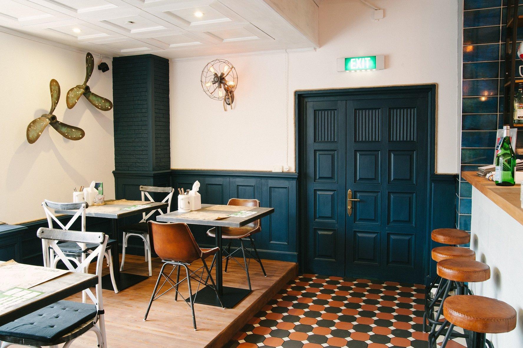 фотография Бара-ресторана Краб Паб на Космодамианской набережной