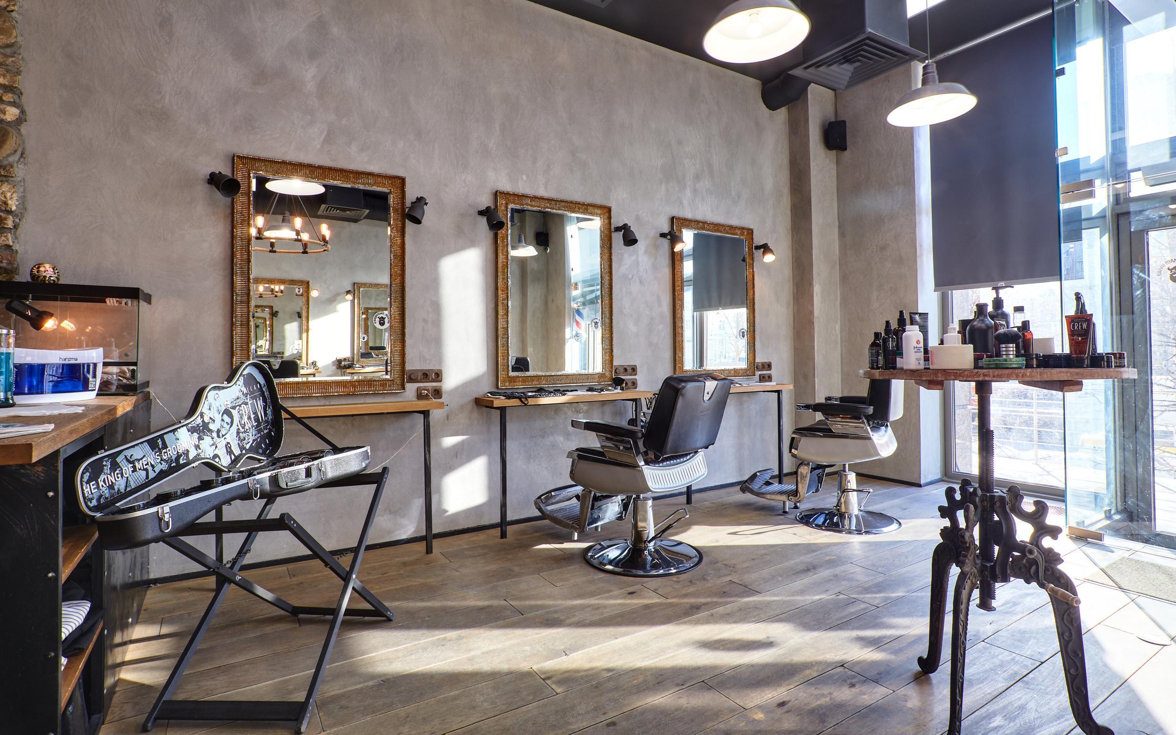фотография Салона стрижки и бритья Barberians Moscow